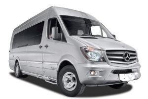 MB Sprinter minibuss med 17 seter.